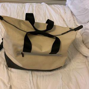 Lululemon overnight duffel bag suitcase tote